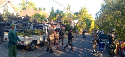 Operasi Yustisi Satgas Covid-19 di Desa Mengening